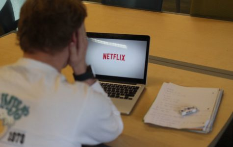 Netflix vs. Notecards